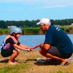 Bērnu apmācība. Ūdensslēpošana un veikbords